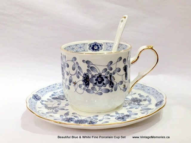 Beautiful Blue & White Fine Porcelain Cup Set