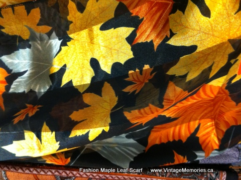 Fashion Maple Leaf Scarf