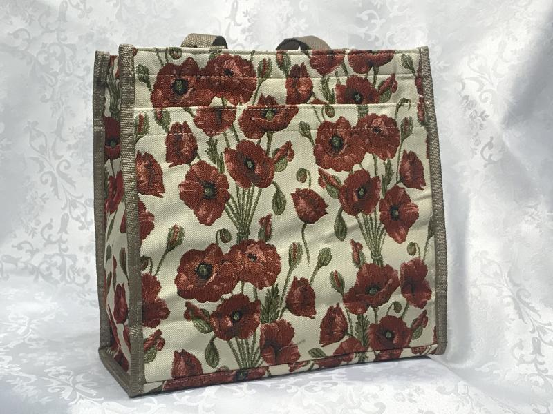 bag with ppopy flowers