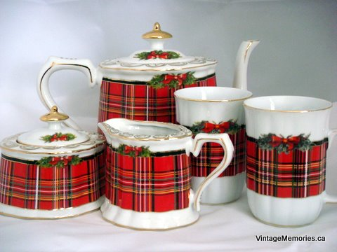 Porcelain Scotish Mug set Xmas Edition