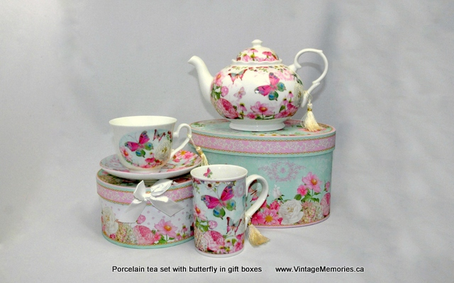 Porcelain tea set with butterfly in gift boxes