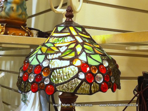 Tiffany lamp with grapes