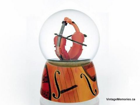 Violin musical water globe