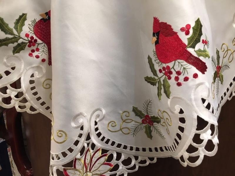 cardinal tablecloth