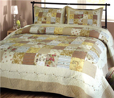 mayfield_beige_Handcrafted cotton quilt
