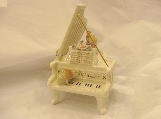 porcelain musical piano